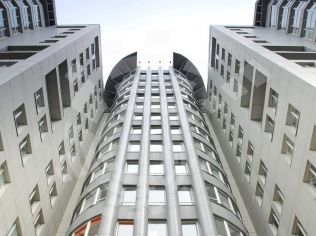 Аренда офисов метро каломенскре коммерческая недвижимость авито екатеринбург